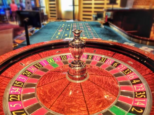 Binäre Optionen und Glücksspiel im Vergleich