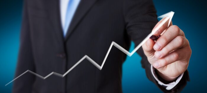 DAX kämpft sich zurück und erreicht 13.000er Marke